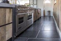Houten keukens met kookeiland