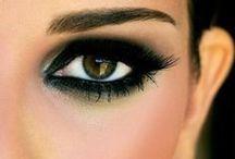 Makeup / by Loreta Bidot