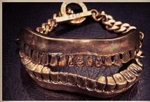 Monserat de Lucca Jewellery / by Pelin Akdas