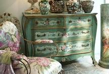 Decorating Style / by Bette Calderone