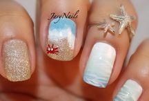 Nails Nails Nails / by Kelly Phillips