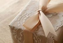 Gift wrapping / Creative packaging and gift wrapping