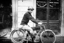 """Motociclette Ollearo / l'attività di Neftali Ollearo iniziò a Torino nel 1922 in una piccola officina di corso Valentino 33. Erano gli anni in cui la nazione era travagliata da una grave situazione politico - economica e le biciclette a motore o """"autociclette"""", come venivano chiamate, imperavano sul mercato europeo come il mezzo di trasporto individuale più economico."""