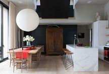 Projet Brigitte et Yves A. / Recherches intégration de mobilier classique en bois dans maison moderne