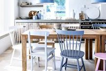 DECORATING: Mix & match / Mixing it up and making it work. Our favourite mis-matched dining settings.