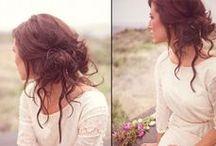 Hairstyles / by Ewelina Gladysz