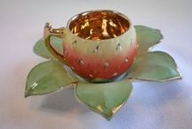 Teacups, Pots, and Sterling  / by Courtney Bauer
