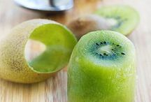 Fruit Hacks and Tips / Life hacks for fruit lovers. Find all the insider secrets to cutting up fruit quickly and removing seeds so it's quick and easy to make fruit salads and desserts.