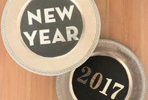 New Years Eve Ideas / new years eve | NYE ideas | new years eve party | what to do for new years eve | NYE decorations | NYE party plans | party planning for new years eve | NYE decor | DIY new years ideas | new years decor | new years DIY