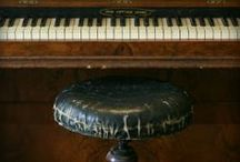 Antiques! / by Wendy Boothby