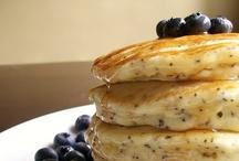 Yummy in My Tummy | Breakfast / by Joy Uzarraga