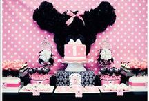 Minnie Mouse Birthday Ideas / Decorations, ideas, DIY/craft projects used for my daughter's Minnie Mouse 1st birthday!