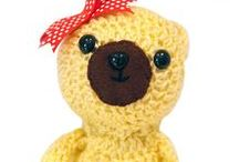 Daisy Doe Crochet / Cute crochet and sewn Amigurumi animals and other gifts available at www.etsy.com/shop/DaisyDoe