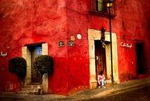 see. in OAXACA / Images of Oaxaca, the city, environs, people, art and food