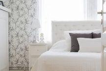 Makuuhuone / Tästä taulusta löydät inspiraatiota ja ideoita sinun makuuhuoneesi sisustukseen. Tervetuloa kurkistamaan Älvsbytaloihin!