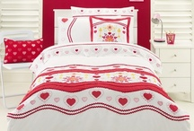 Heart Bedding / Love heart bedding sets and bedroom accessories available from Kids Bedding Dreams online store. www.kidsbeddingdreams.com/heart-bedding