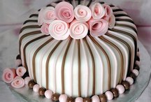 Food: Cakes and Cupcakes