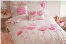 Flower Bedding / Floral bedding sets and bedroom accessories available from Kids Bedding Dreams online store. www.kidsbeddingdreams.com/flower-bedding