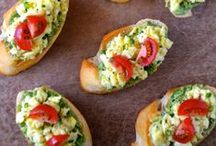 Brunch / Plan the perfect Sunday Funday with these recipes, tips and ideas!