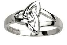 Irish Rings for Women / Irish rings for women, handmade in Ireland. Romantic and thoughtful heritage jewelry.
