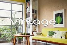 Vintage / Vintage of antiek gaat prima samen met een hedendaags interieur. Laat het element geheel tot zijn recht komen met een nieuwe kleur op de muur. Of geef een vintage meubel een eigentijds kleurtje.