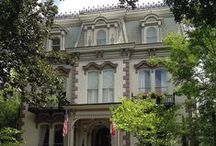 Savannah Hotels, Inns and B&Bs / When you finally lay your head down for the night, you'll slumber in total comfort and style. From historic Bed & Breakfasts and charming (and sometimes haunted) inns, to luxurious boutique hotels and familiar national chains, Savannah knows how to make you feel at home. / by Visit Savannah