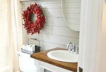 Home:  Bathroom / by Danielle Eaglen