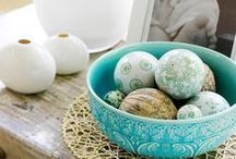 Home   Decorating Ideas / Vignettes to make every little corner of your house happy!