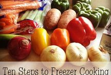 Food: Freezer Meals / by Hailey Hillam Rogers