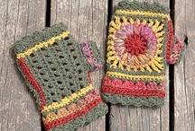 Crochet Gloves, Mitts, & Hand Warmers / by Tammy Drouillard-Jozwiak