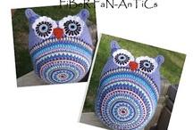Crochet Pillows, Puffs, & Cushions / by Tammy Drouillard-Jozwiak