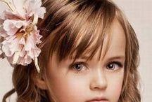 Feltbee Kids Hairstyles & Accessories | Bijzondere kinderkapsels & accessoires / Tutorials & various hairdo's for Kids some with others witout hairaccessories | Verschillende haarstijlen en voorbeelden voor Meisjeshaar met en zonder haaraccessoires
