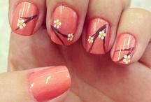 Happy Nails / by Sandra Charolet