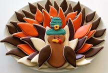 Thanksgiving Treats, Crafts & Decor / With this collection of easy to follow tutorials and recipes, you will learn step-by-step how to make tons of creative Thanksgiving treats, crafts, and DIY decor.