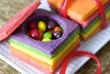 Rainbow Sweets / Recipes and tutorials for rainbow treats / by Janine (sugarkissed.net)