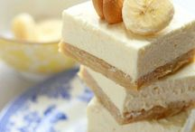 Banana Sweets / Recipes and Tutorials for Sweet Treats Made with Bananas / by Janine (sugarkissed.net)