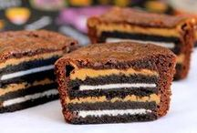 Oreo Treats / Recipes and step-by-step tutorials for sweet treats you can make with Oreos.