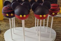 Mickey & Minnie Mouse / DIY Minnie and Mickey Mouse Crafts, Sweets, and Party Ideas