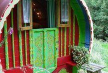 Treehouses/Alternative Housing / by Christina Mc