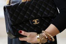 Handbag Love / by Nina Vintage