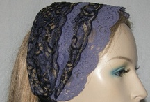 Headbands / Headband are available in a variety of designs and colors. Some can be worn scrunched as a headband or extended for a kerchief-like covering.