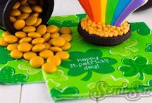 Luck O' The Irish / St. Patrick's Day, St. Paddy's Day, ideas, ideas for kids, four leaf clovers, shamrocks, leprechauns, pinch, green, Ireland, St. Patty decorations, rainbows