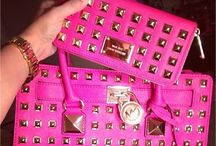 I LOVE Purses  / by Brittany Stuit