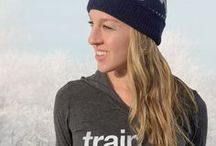 Winter Running Gear / All the clothing and equipment that runners need to stay safe and warm on cold, dark winter runs