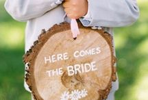 woodland wedding / A woodland wedding theme is quickly becoming more popular for weddings! Rustic wood grain wedding ideas with a natural look and feel. Red mushrooms, ferns, deer, rabbits, and kraft elements make up a lovely woodland theme. Wood carved initials and bark are a must have for woodland wedding decor!