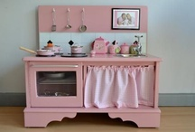 DIY Play Kitchens and Work Benches / Links to how-to's and design ideas to make your own play kitchens and work benches from nightstands, entertainment centers, cabinets, dressers, and even chairs!
