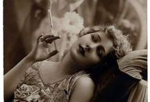 vintage glamour / by Michelle Carneiro