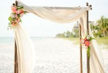 Wedding Ceremony Decor / Beautiful #wedding #ceremonies #rustic #flowers
