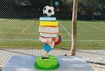 ween <3 cakes / by Weennee Tan