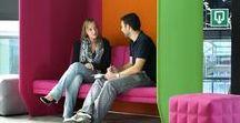 MEETING POINT / Das Schwierigste   am Miteinander-Reden   ist für viele nicht das Reden,   sondern das Zuhören. (Ernst Ferstl)